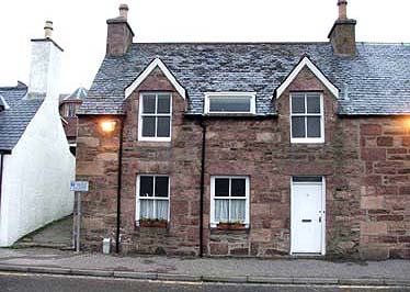 Ullapool flat self catering (sleeps 4)